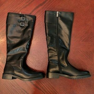 Kenneth Cole Reaction Black Boots Size 6.5